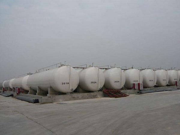 柴油庫區臥式油罐群